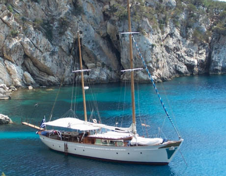 Motorsailer Greece